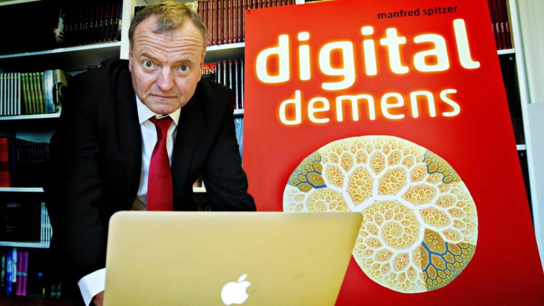 MOTBØR: Hjerneforsker og psykiater Manfred Spitzer kommer med kontroversielle påstander i boka «Digital demens». Foto: Nina Hansen / Dagbladet