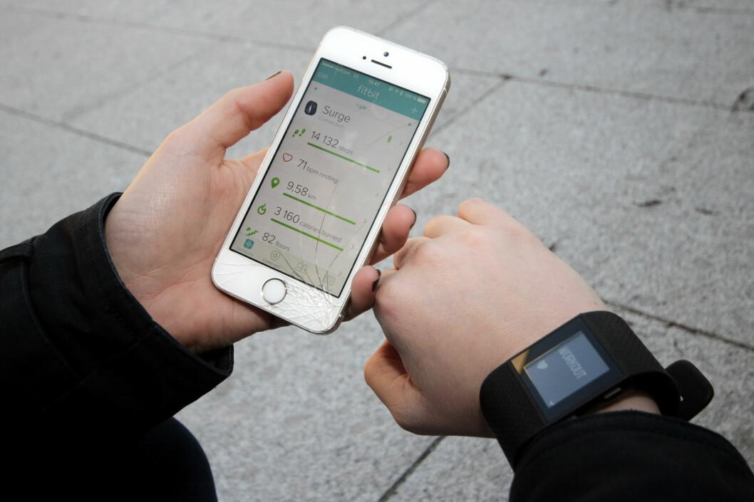 <strong><b> OVERSIKTLIG:</strong> </b> Fitbit-appen er oversiktlig og motiverende, men vi tror ikke helt på skrittene den registrerer. Foto: OLE PETTER BAUGERØD STOKKE