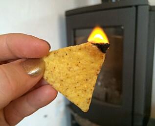 Hvordan tenne opp i peisen med tortilla-chips!