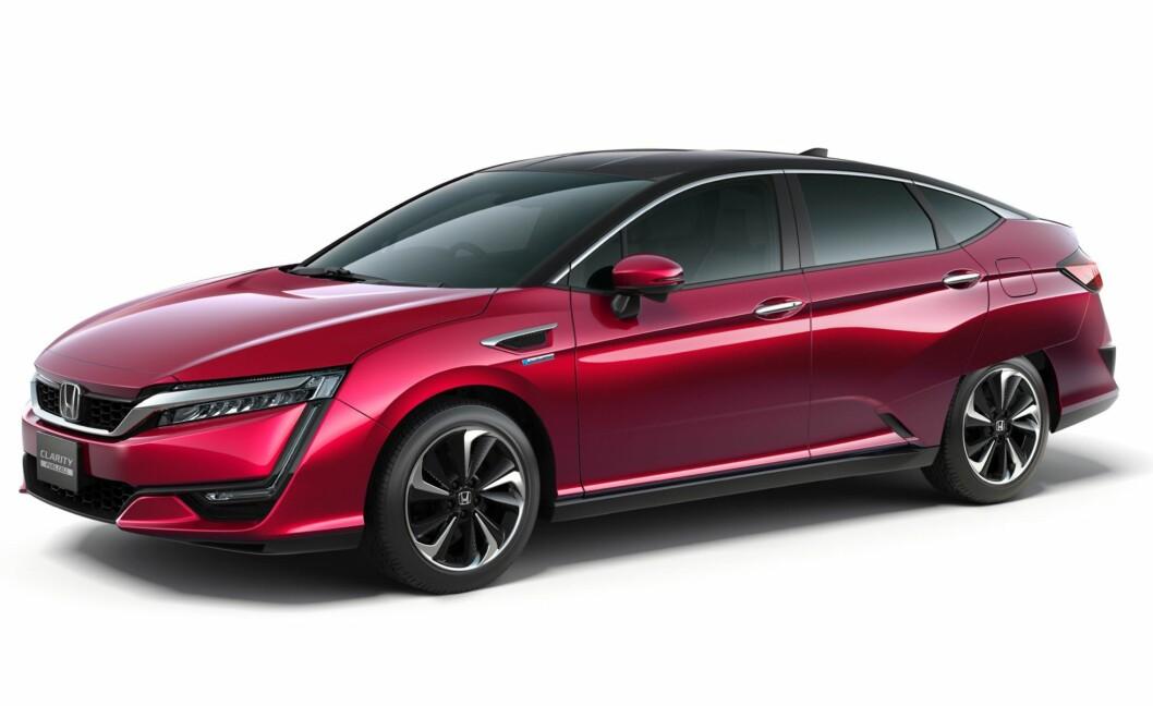 <strong><b>DEN ANDRE:</strong></b> Honda har vist frem andre generasjon av hydrogenbilen Clarity.  Foto: HONDA