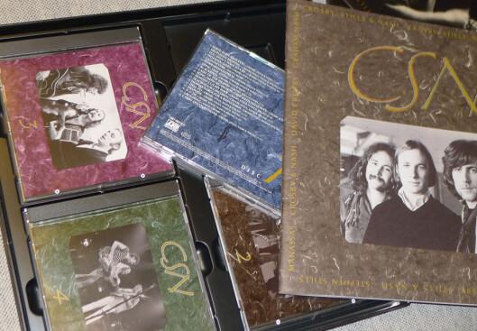 <strong><B>BOKS-GLEDE:</strong></B> Innpakingen gir CD-ene ekstra verdi. Foto: TORE NESET