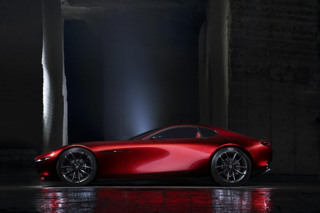 <strong><b>RX-7-ETTERFØLGER:</strong></b> Hva navnet på produksjonsbilen blir, vet vi ikke, men følger de logikken som har vært i bruk hittil, blir det Mazda RX-9. Foto: MAZDA