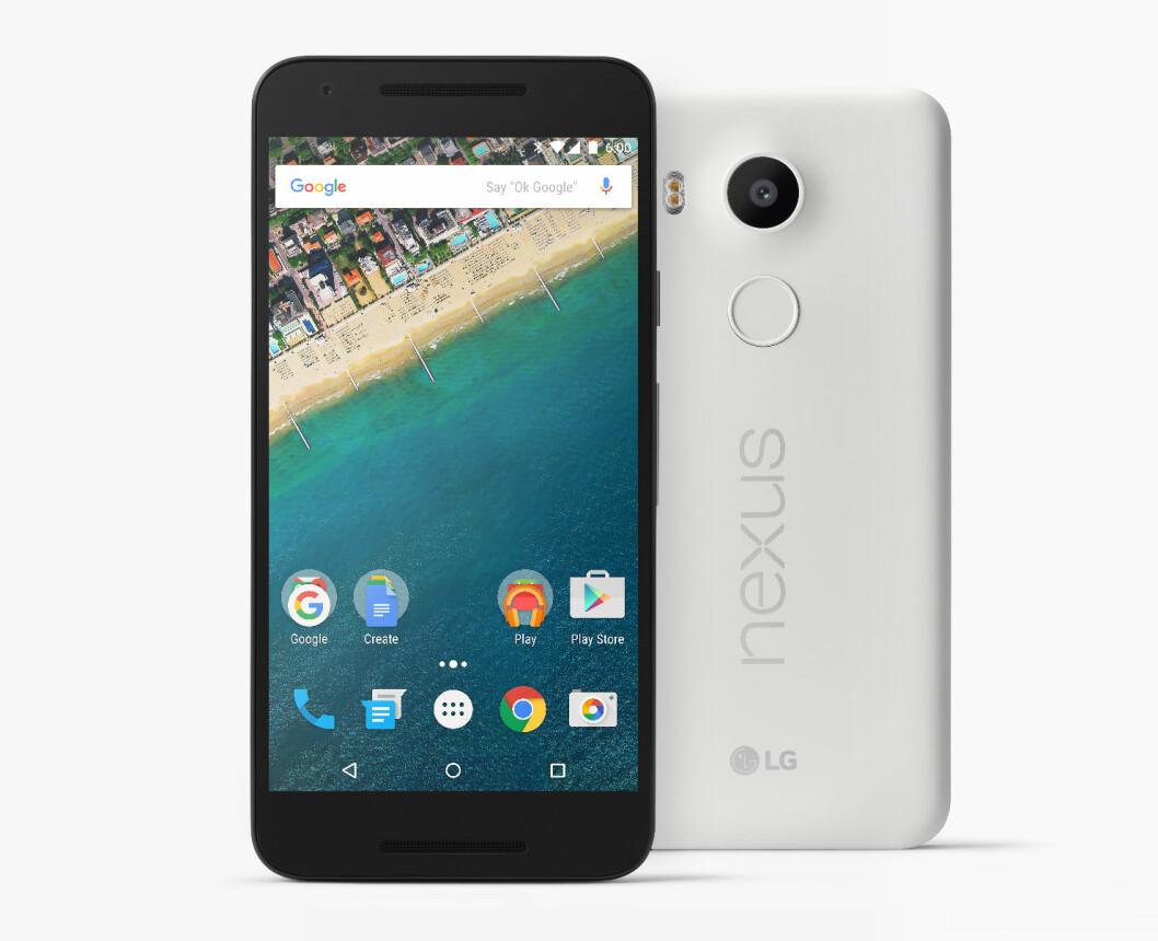 <strong><b>PLAST:</strong></b> Som tidligere Nexus-modeller, er Nexus 5X laget i plast. Storebror 6P er imidlertid i metall. Foto: GOOGLE