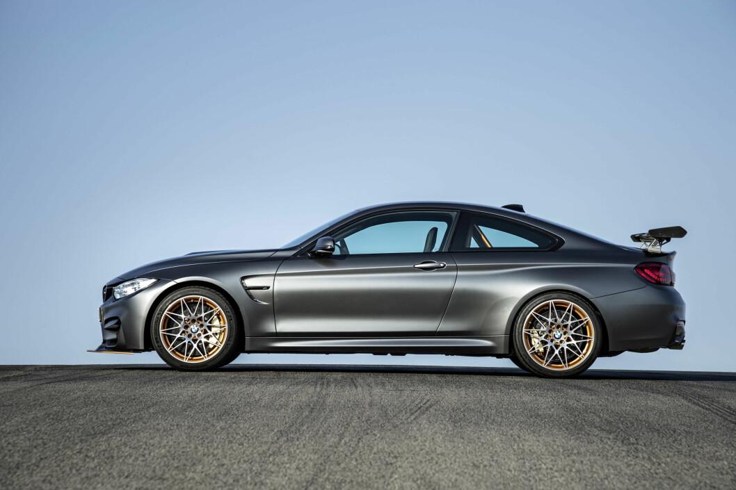 <strong><b>BYGD FOR FART:</strong></b> M4 GTS er en fartsmaskin, ikke en høy-ytelseskupé for å dra på piknik i det grønne. Foto: BMW