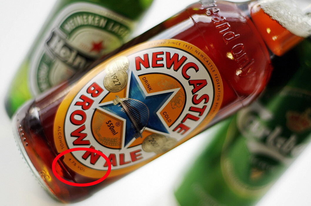 <b>HVORFOR AKKURAT 4,7?</b> Øl som skal selges i butikken, kan maks være på 4,7 prosent. Hvorfor akkurat 4,7 - og ikke 5 eller 4,5 eller noe annet? Foto: AFP PHOTO/LEON NEAL/NTB SCANPIX