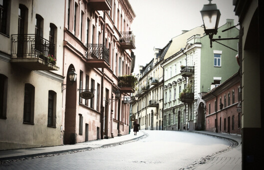 Litauens hovedstad Vilnius er blant høstens rimeligste reisemål. Foto: COLOURBOX