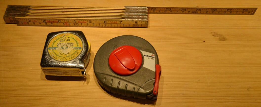 <strong><b>MÅLEVERKTØY:</strong></b> Tommestokk er greit, men et målebånd er langt mer fleksibelt, og dessuten lenger. Foto: BRYNJULF BLIX
