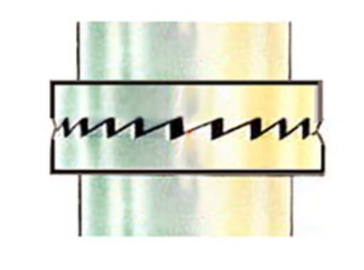 """I SLAGDRILLEN: I slagdrillen kommer slagene når det """"glipper"""" mellom de skråstilte tennene når de roterer. Jo mer du presser jo mer slag. Både du og maskinen rister... Foto: BRYNJULF BLIX"""