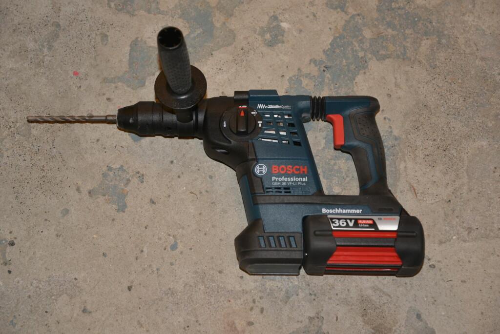 STOR OG KRAFTIG: BOSCH GBH 36 VF-Li Plus klarer også de virkelig tøffe jobbene. Foto: BRYNJULF BLIX