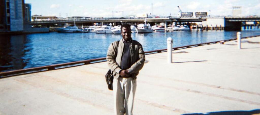 Terrortatt: Familiefaren Okello Akuay Ochalla er arrestert i Etiopia anklaget for terror. I følge flere menneskerettighetsorganisasjoner risikerer han dødsstraff. Her er Ochella ved Nidelva i Trondheim. Foto: Privat