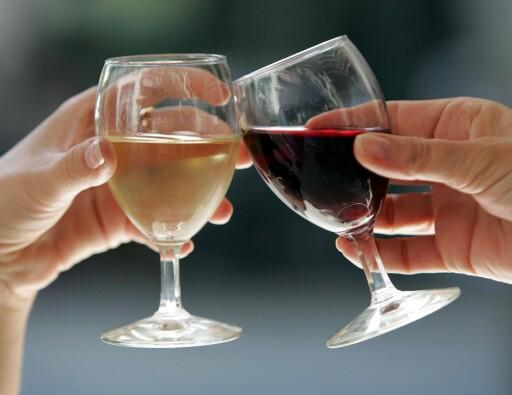 ISKALD? Anbefalt temperatur på vin avhenger av type vin. Foto: COLOURBOX