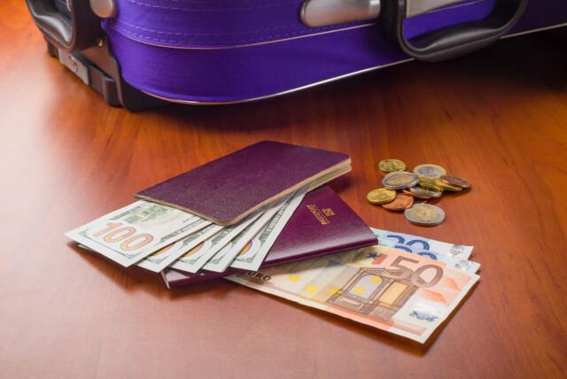 612128c0 INGEN ERSTATNING: Har du pakket kontanter i kofferten, får du ingen  erstatning dersom de