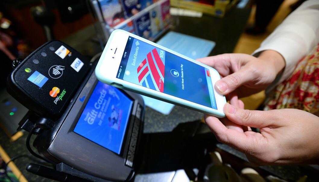 <strong>APPLE PAY TIL NORGE:</strong> Apple vil lansere mobilbetalingen Apple Pay i Norge, forteller administrerende direktør Tim Cook. Foto: NTB Scanpix