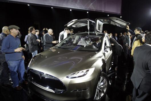 <strong><b>KONKURRENTEN:</strong></b> Tesla Model X er SUV-en Audi nå vil konkurrere mot.  Foto: SCANPIX/REUTERS