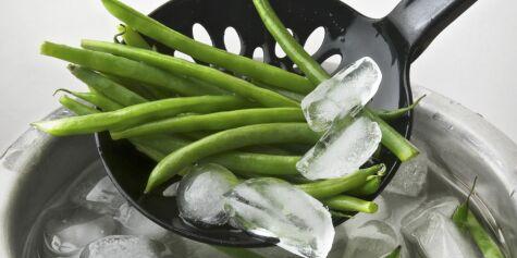 image: Gi aspargesbønnene et isbad