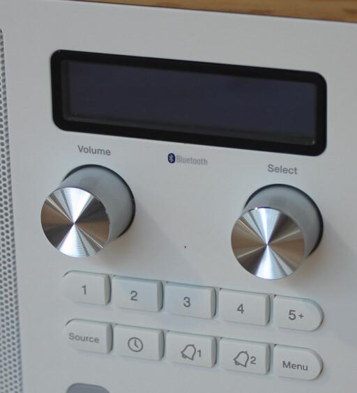 BLUETOOTH: Samtlige radioer kan spille trådløs musikk fra Spotify eller andre kilder du har på mobil, PC eller nettbrett. Foto: TORE NESET