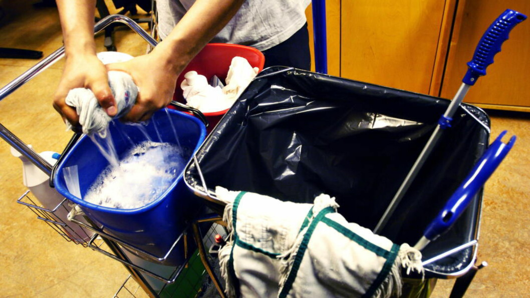 <strong>BRYTER LOVEN:</strong> Etter at Arbeidstilsynet undersøkte 1805 virksomheter som kjøper renholdstjenester er konklusjonen klar: Bare et fåtall klarer å følge loven når de skal vaske lokalene sine. Foto: TRULS BREKKE/DAGBLADET