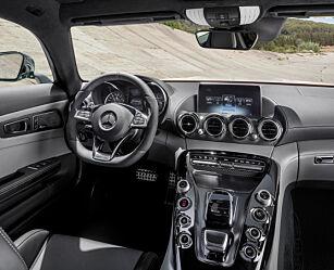 image: Illsint: Mercedes AMG GT-S
