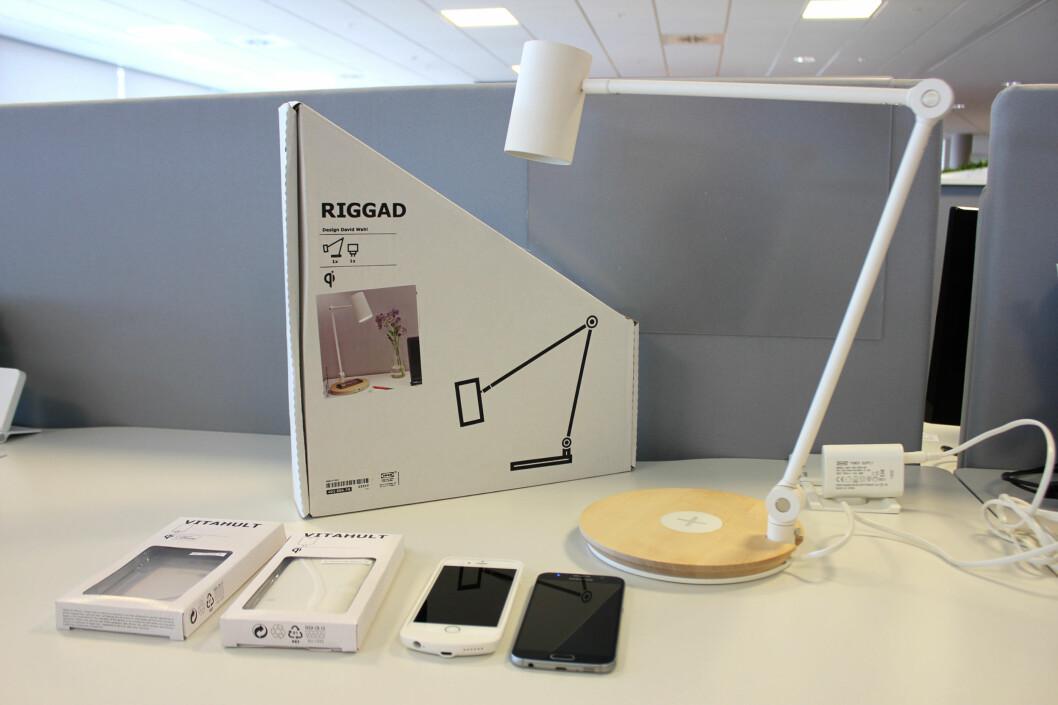 <strong><b>KREVER RETT MOBIL:</strong></b> Ikeas lademøbler er ikke kompatibel med alle telefoner. Foto: KIRSTI ØSTVANG