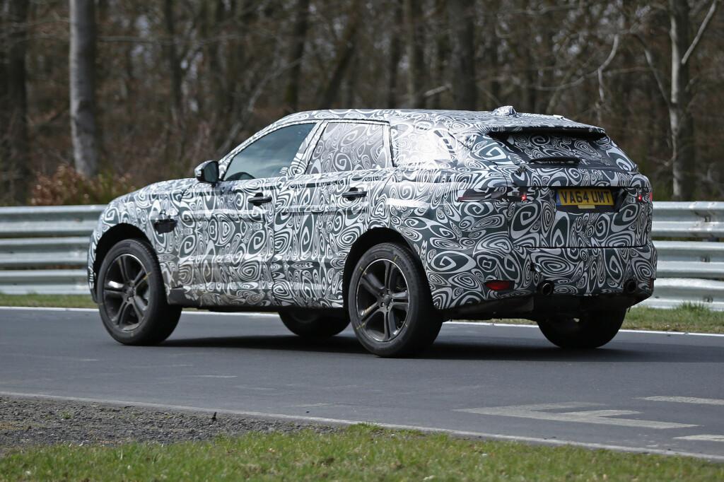<b>NOE HELT ANNET:</b> Jaguar hevder at nykommeren ikke er en SUV og ikke en crossover. Foto: AUTOMEDIA
