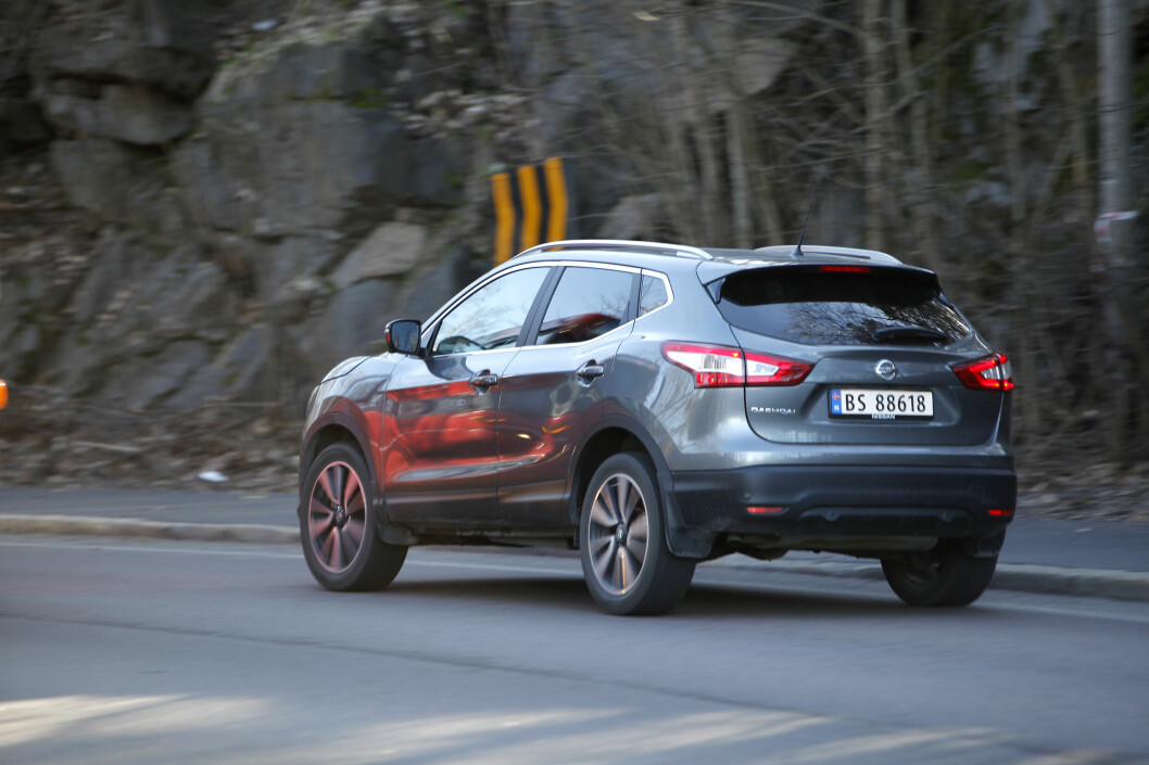 <strong><b>KOMMER MED LEDNING:</strong></b> Nissan Qashqai er så langt i år Norges nest mest solgte SUV og en av de få som selges mest med forhjulsdrift. Nå skal den altså bli ladbar, noe som burde slå an hos norske kunder. Foto: ESPEN STENSRUD