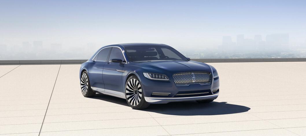 <strong>«ROLIG LUKSUS»:</strong> Lincoln Continental Concept -  forløperen til neste luksusbil fra Ford-konsernet. Neste Lincoln Continental vil være Mercedes S-klasse-konkurrent, Cadillac-rival og utvilsomt en sterk presidentbil-kandidat. Foto: LINCOLN
