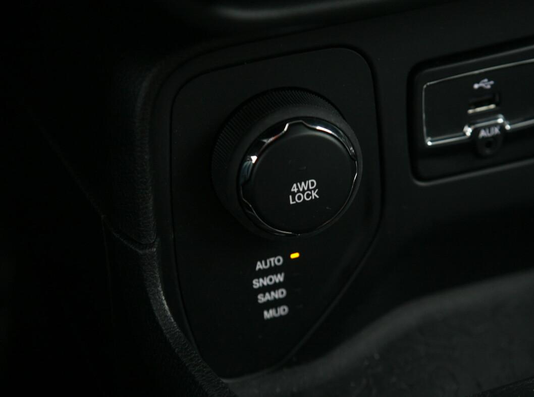 <strong><b>TILPASSER SEG:</strong></b> Mulighet for å låse senterdifferensial og fire ulike kjøreprogrammer, gjør at du kommer fram.  Foto: KNUT ARNE MARCUSSEN