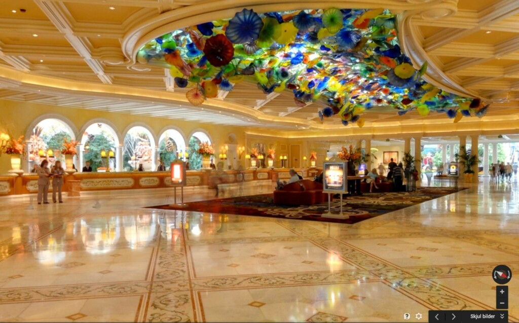 SE INNENDØRS: Flere byggverk rundtom i verden er også avfotografert innendørs av Google. Foto: PÅL JOAKIM OLSEN