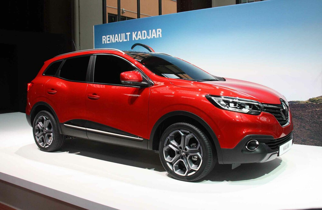 <strong><b>FAMILIE:</strong></b> Vi ser konturene av en ny Renault-identitet nå som Kadjar følger opp designspråket fra Captur. Foto: KNUT MOBERG