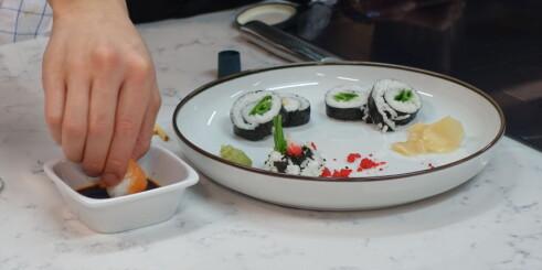 Slik spiser du sushi