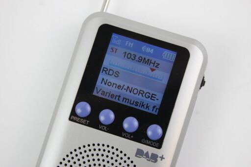 OGSÅ FM: Om det ikke er DAB-dekning der du er, kan du heldigvis skru over på FM. Foto: TORE NESET