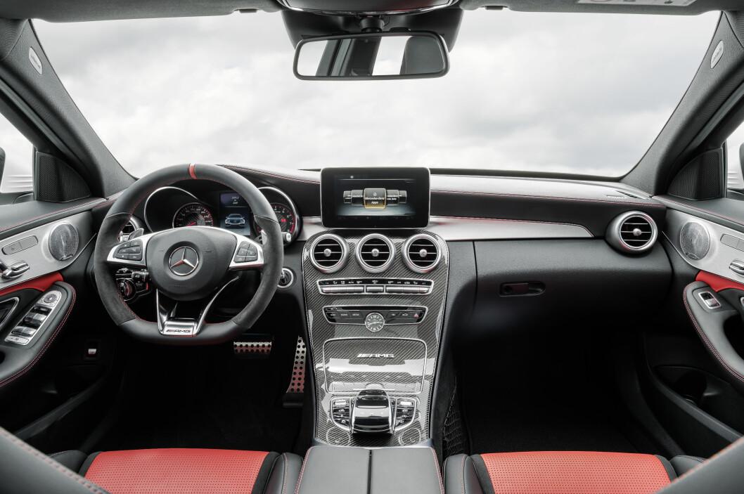 <strong><b>NESTEN SOM FØR:</strong></b> Mercedes-eieren kjenner seg igjen... før han starter bilen. Foto: AMG