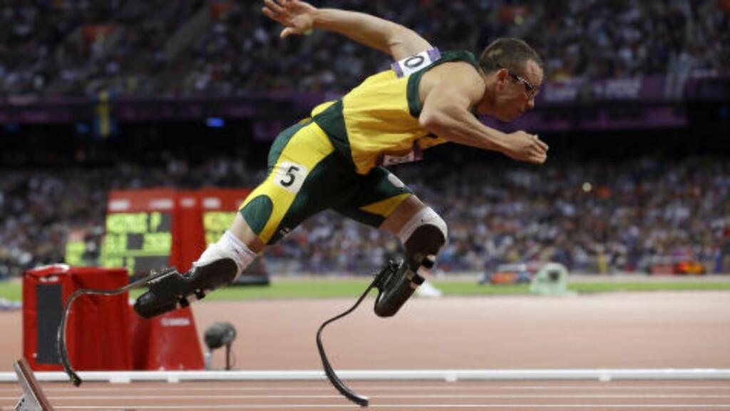 FIKK KRITIKK: Flere mente Oscar Pistorius ikke burde få delta i OL sammen med funksjonsfriske i 2012. Foto: AP Photo/Anja Niedringhaus