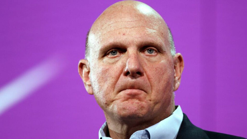 KJØPTE KLUBB: Den tidligere Microsoft-direktøren Steve Ballmer kjøper NBA-klubben Los Angeles Clippers for 12 milliarder kroner. Foto: AFP PHOTO / Kimihiro Hoshino / NTB Scanpix