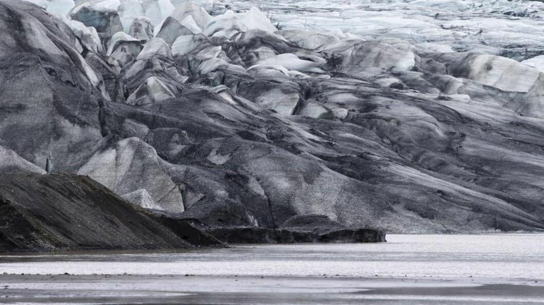 <strong>GIGANT-ISBRE:</strong> Bardarbunga-vulkanen på Island ligger under den gigantisk isbreen Vatnajökull, som er en av Europas største med et areal på 8400 km2. Foto: AFP PHOTO / JOEL SAGET