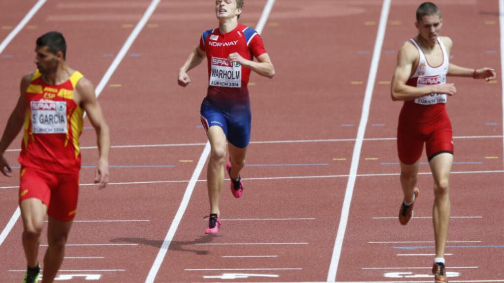 FORT NOK:  Det så kanskje ikke så imponerende  ut på vei inn til 46,73 og sjuendeplass på 400 meter-forsøket i Zürich sist uke, men Vebjørn Rodal var aldri så  god på distansen som junioren Karsten Warholm. FOTO: NTB Scanpix/ Lise Åserud.