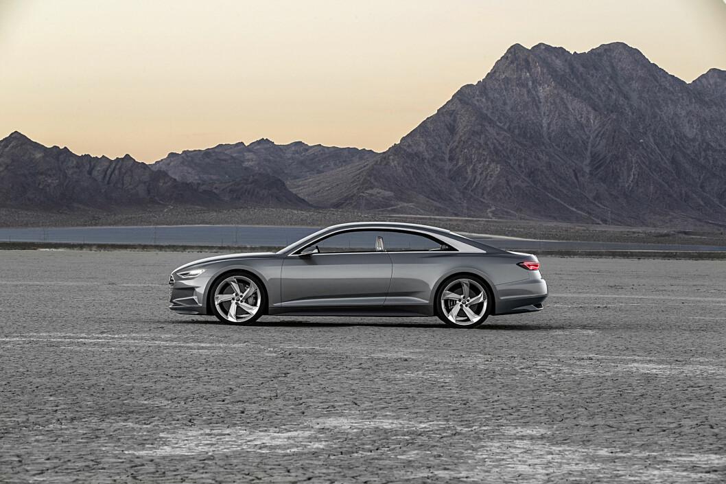 <strong><b>KUPÉ, IKKE LIMOUSIN:</strong></b> Sett fra siden er likheten med Mercedes-Benz S-klasse Coupé slående. Foto: AUDI