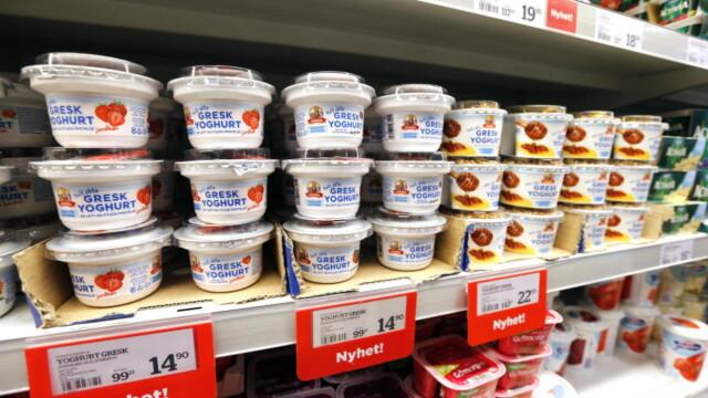7e576ade ØKONOMI: Ikke all Gresk Yoghurt er basert på greske ingredienser og gresk  oppskrift. Tines
