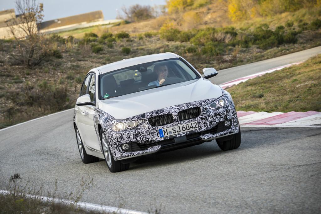 KREFTER NOK: 245 hester og mye moment fra start gjør BMWs plug-in hybrid like sprek som en 328i. Foto: BMW