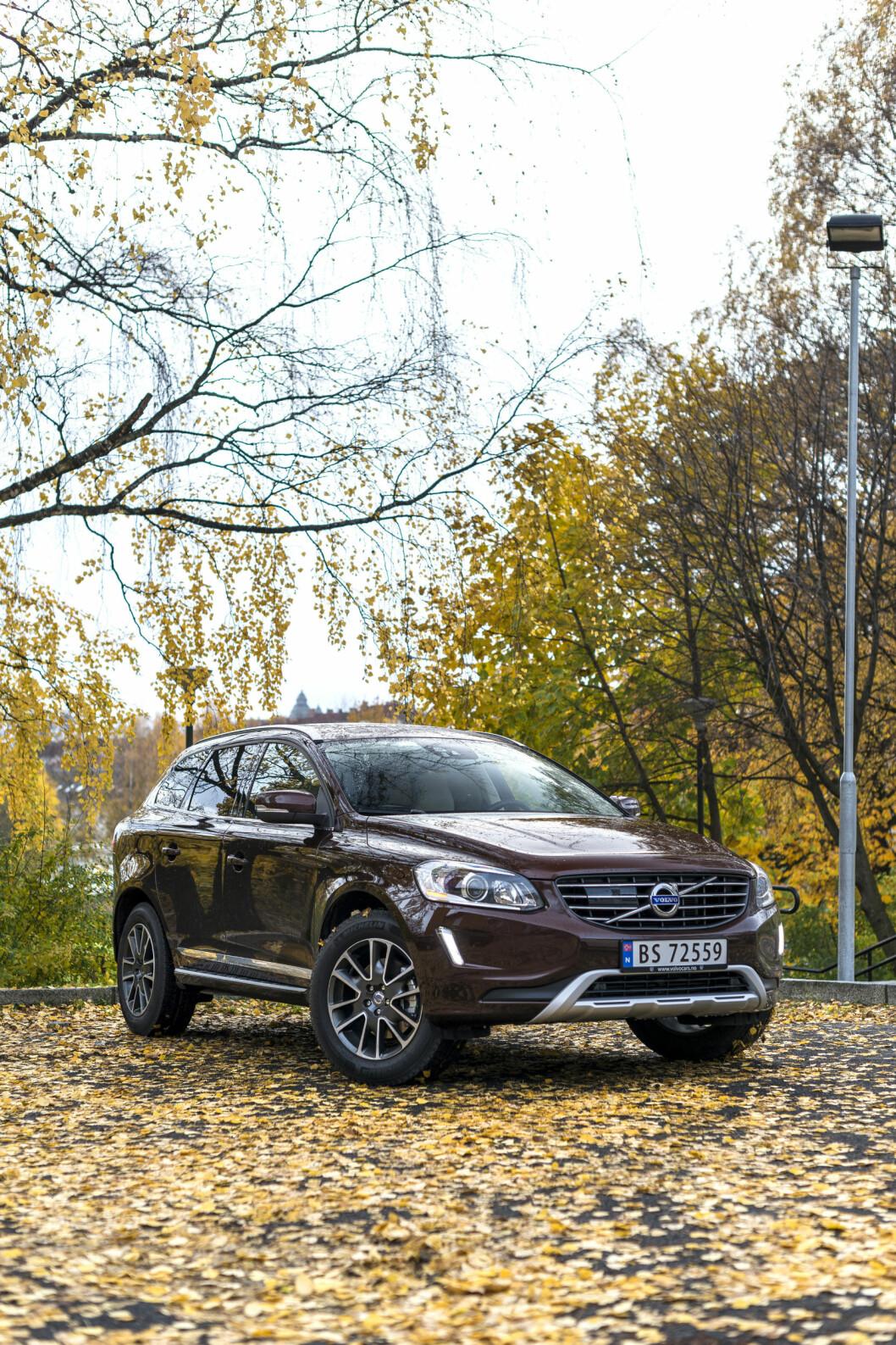 <strong><b>Volvo XC60:</strong></b> Komfortabel og luksuriøs. Foto: KNUT MOBERG