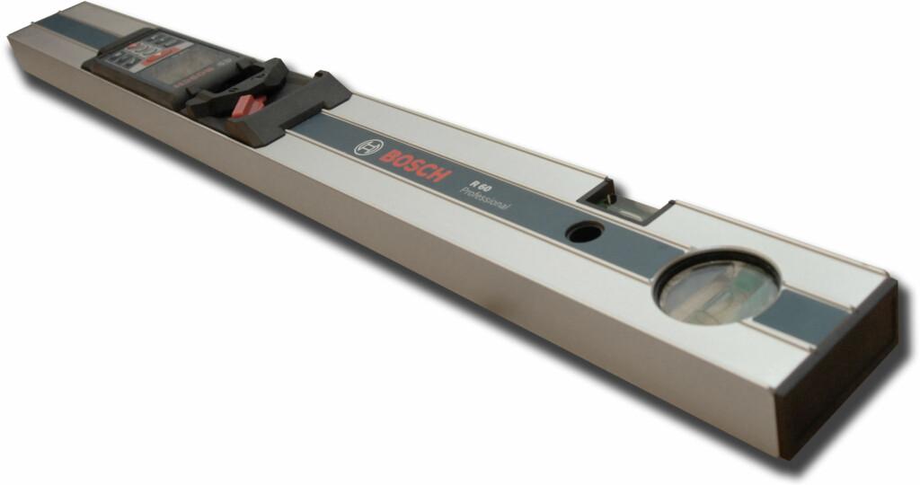 SMART KOMBINASJON: Med en avansert lasermåler dokket i et klassisk vater får du en super kombinasjon. Foto: Brynjulf Blix