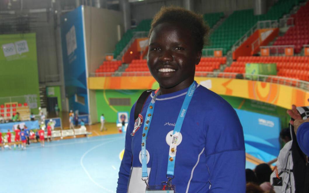 GULLVINNER: Grace Bullen var overlegen i bryting i ungdoms-OL i kinesiske Nanjing og ble samtidig historisk. Foto: Norges Idrettsforbund