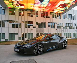 Er BMW i8 en supersportsbil?