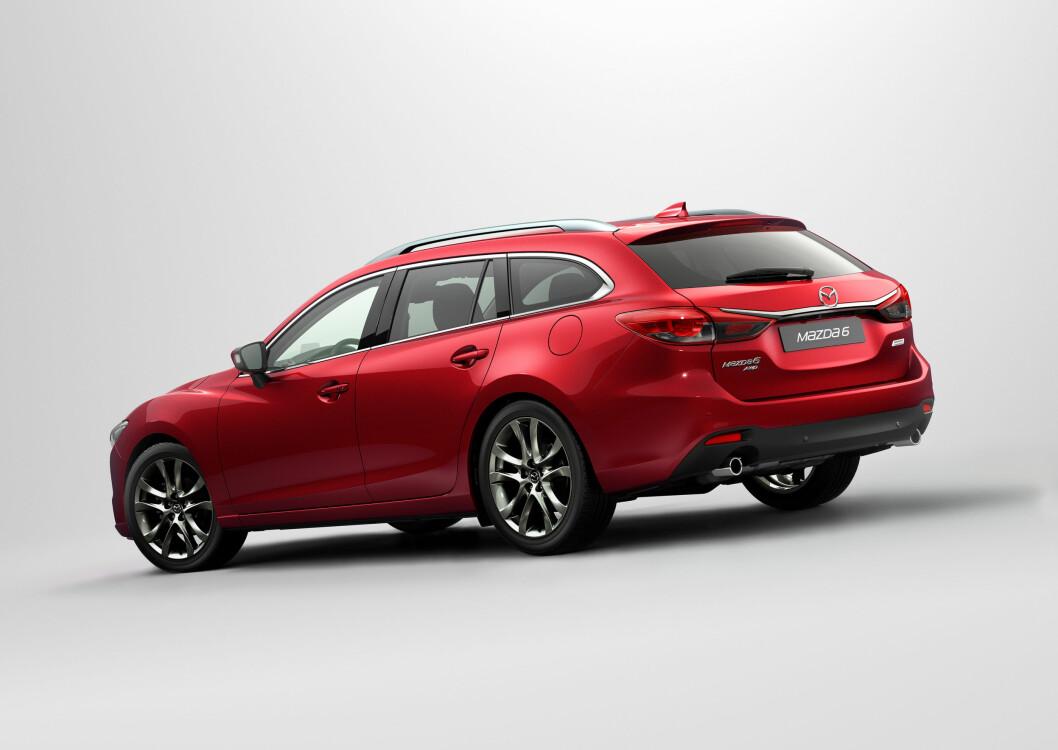 <strong><b> LINJELEKKER:</strong></b>   Mazdas designspråk står seg godt blant dagens nye biler.  Foto: Mazda