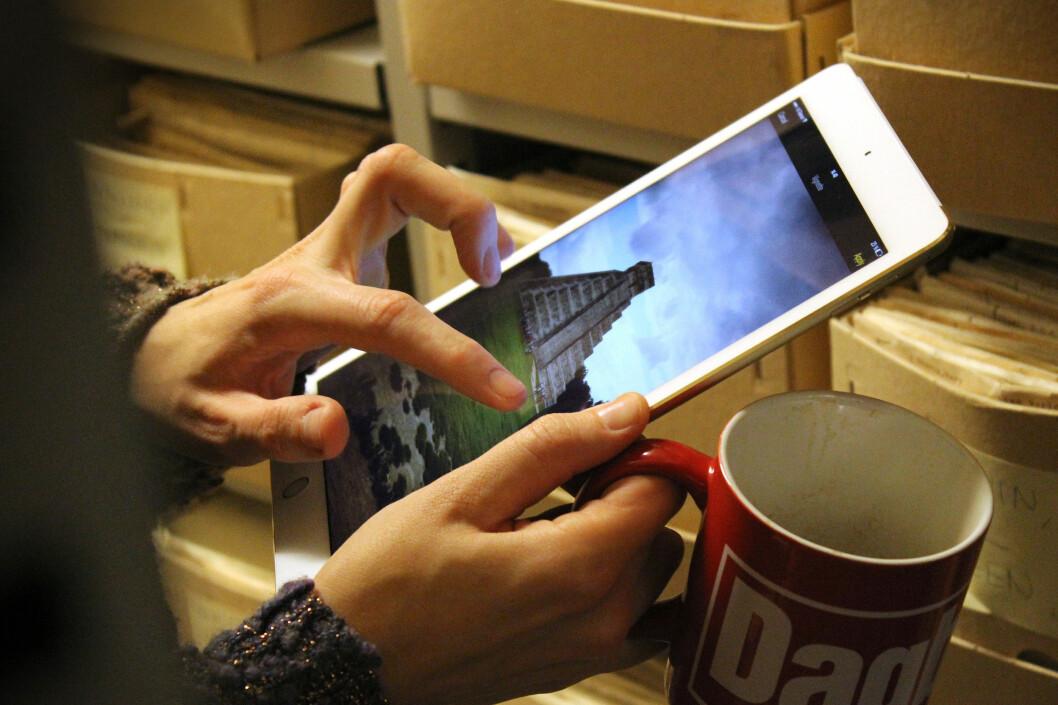 <strong>ORIGINALEN:</strong> Apple iPad var først, og er fortsatt blant de aller mest solgte nettbrettene. Her ser du siste generasjon, iPad Air 2. Foto: OLE PETTER BAUGERØD STOKKE