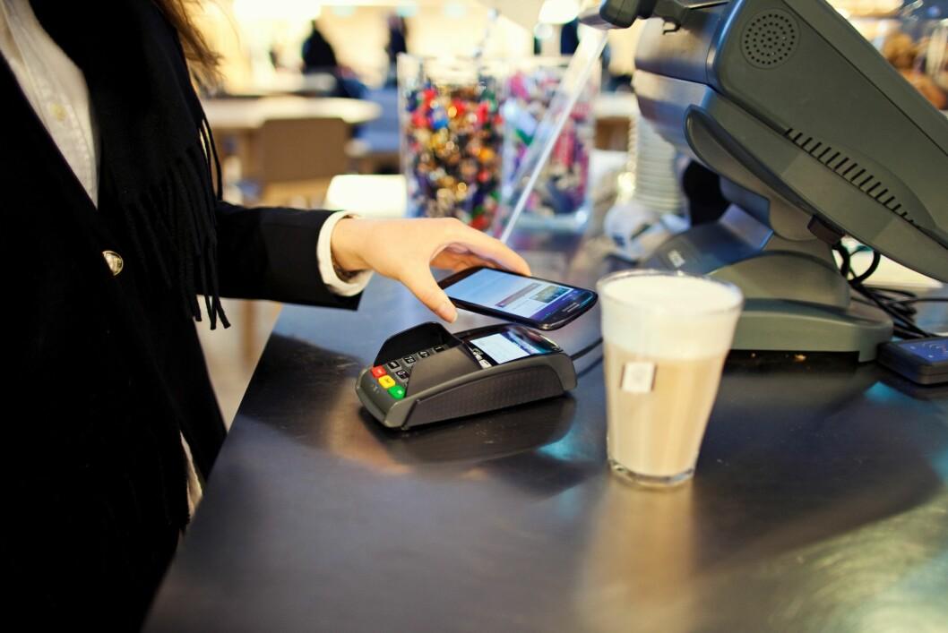 <strong><B>KREVER MYE:</strong> </B>For å betale med Valyou må du ha et DNB-kort, et nytt SIM-kort fra Telenor, riktig Android-mobil og befinne deg i riktig butikk. Foto: ANDREAS DIEDERICH / DNB