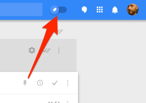FEST: Ved å trykke på knappenålen, fester du eposten. Eposter du har festet kan du så vise ved å skyve over bryteren på toppen av skjermbildet.