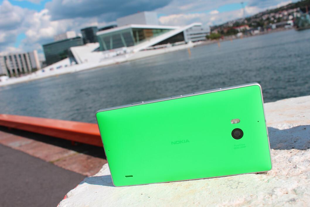<strong><b>DEN SISTE TOPPMODELLEN:</strong></b> Nokia Lumia 930, lansert i sommer, ser ut til å bli den siste toppmodellen som bærer det stolte finske merkenavnet. Foto: KIRSTI ØSTVANG
