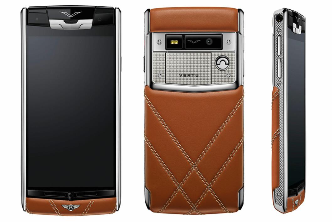 <strong><strong>EKSKLUSIV:</strong></strong> Denne telefonen lages bare i 2.000 eksemplarer og koster deg et sekssifret beløp. Foto: VERTU