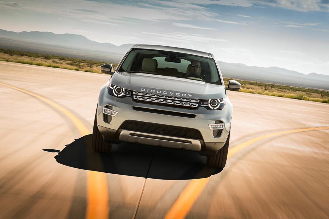 <strong><b>SKAPER KONKURRANSE:</strong></b> Discovery Sport vil bli et positivt tilskudd til den stadig mer populære mellomklasse-SUVen. Foto: LAND ROVER